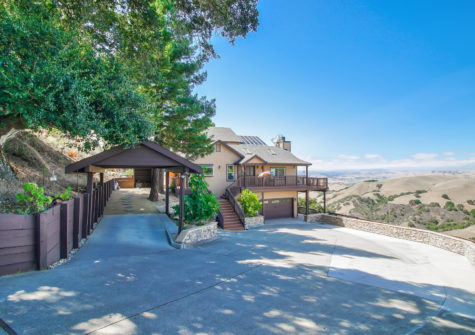 Home with Views! – 2755 Quinn Canyon Rd San Juan Bautista, CA