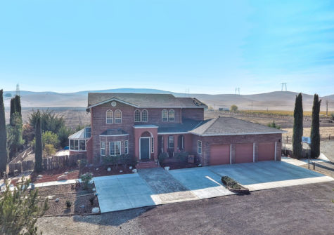 4505 John Smith Rd – Homes for Sale in Hollister, CA