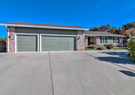 925 S Ridgemark Drive Hollister, CA 95023 – Gated Community