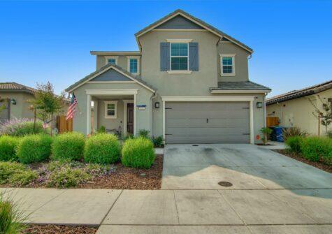 552 Cadiz Drive Hollister Ca – Two Year Old Turn-Key Home