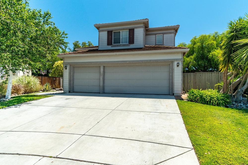 1505 Liberty Court Hollister, CA 95023